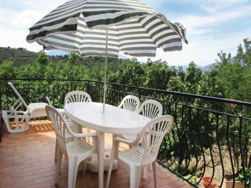 Holiday Home Valle di Rostino with a Fireplace 02 : Hebergement proche d'Aiti