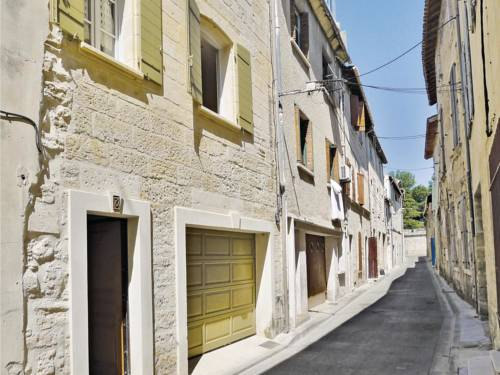 Holiday home Beaucaire 33 : Hebergement proche de Beaucaire