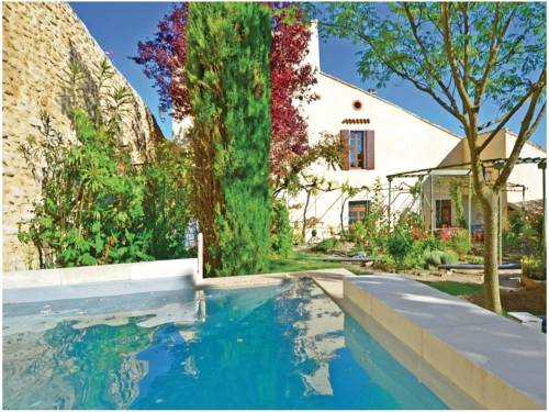 Holiday home Grignan 91 with Outdoor Swimmingpool : Hebergement proche de Chamaret