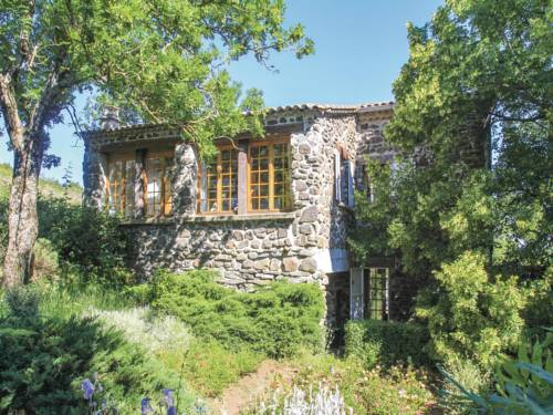 One-Bedroom Holiday Home in Rochessauve : Hebergement proche d'Alissas