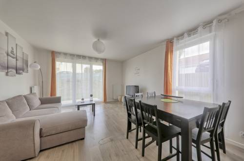 Meredith Apartment (Sleepngo) : Appartement proche de Coulommes