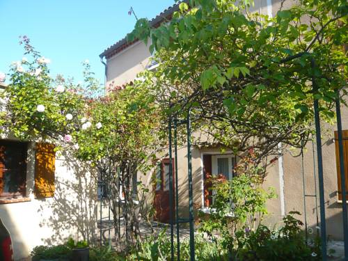 Holiday Home La Maison de la Grand rue : Hebergement proche de Saint-Ferriol