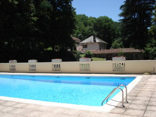 Holiday cottages in a beautiful peaceful setting : Hebergement proche de Les Martys