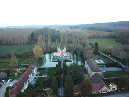 Chateau de Quesmy : Chambres d'hotes/B&B proche d'Ugny-le-Gay