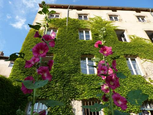 Chez YARIE : Chambres d'hotes/B&B proche d'Alleyrac