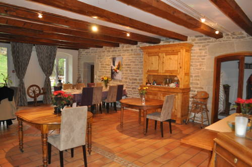 Moulin Chantepierre : Chambres d'hotes/B&B proche d'Aresches