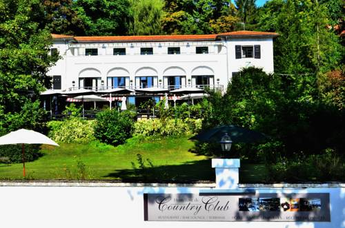 Hostellerie du Country Club : Hotel proche de Melun