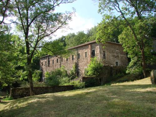 The lodges of Monepiat : Hebergement proche de Chalencon