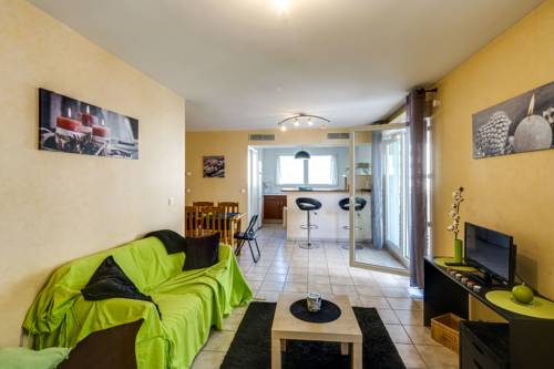 Luckey Homes - Rue Louise Colombe : Appartement proche de Fontaine