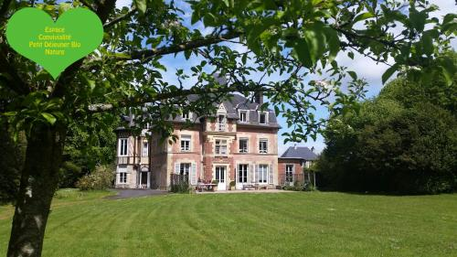 Lisieux Country House : Chambres d'hotes/B&B proche de Firfol