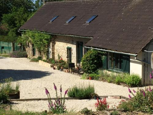 Le Nid : Chambres d'hotes/B&B proche d'Antoigny