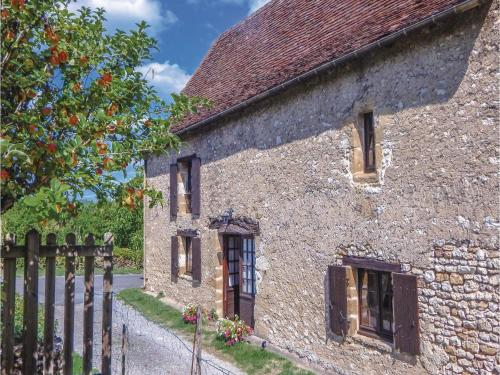 Two-Bedroom Holiday Home in Auriac-du-Perigord : Hebergement proche de Bars