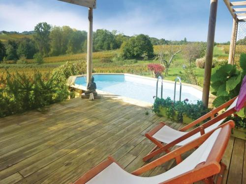 Holiday home Mombrier with Outdoor Swimming Pool 333 : Hebergement proche de Bayon-sur-Gironde