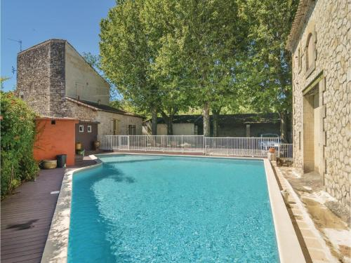 Four-Bedroom Holiday Home in Comps : Hebergement proche de Jonquières-Saint-Vincent