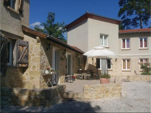 Four-Bedroom Holiday Home in Malegoude : Hebergement proche d'Orsans