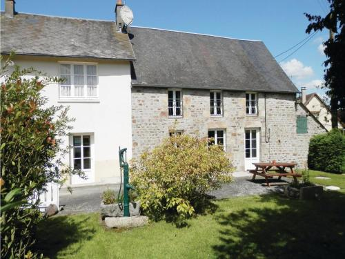 Holiday Home La Chevallerie Pilet : Hebergement proche de Saint-Georges-de-Rouelley