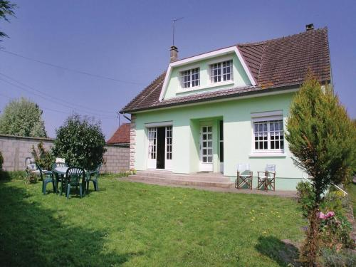 Holiday Home Toeufles Rue Bas Chaussoy : Hebergement proche d'Ercourt