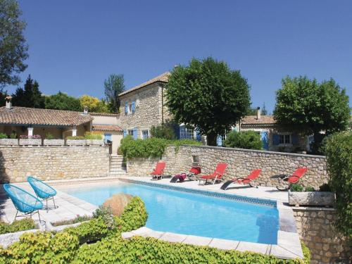 Holiday home Malataverne 71 with Outdoor Swimmingpool : Hebergement proche de Châteauneuf-du-Rhône