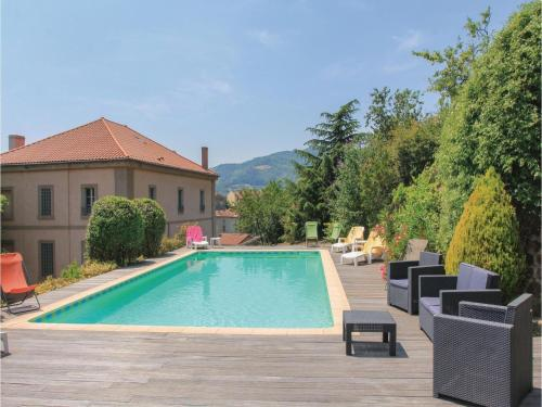Six-Bedroom Holiday Home in St Felicien : Hebergement proche de Vaudevant