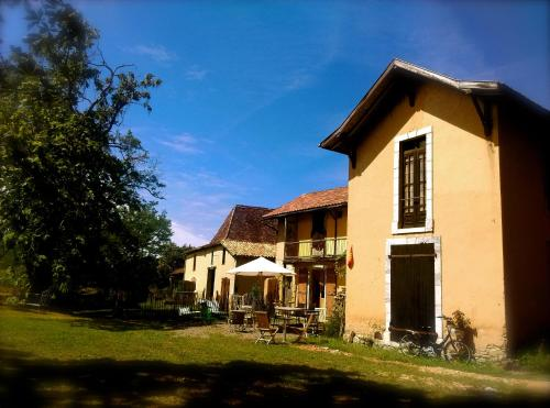 souslens : Chambres d'hotes/B&B proche de Beyries