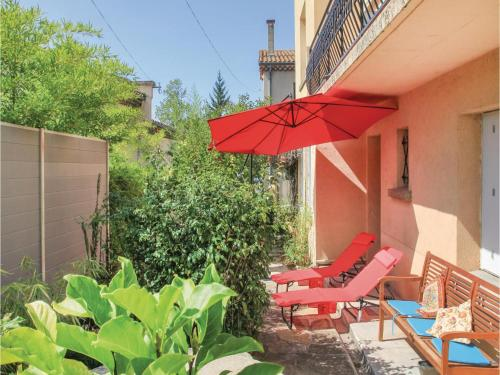 One-Bedroom Apartment in Crest : Appartement proche de Cobonne