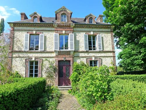 Holiday Home La Romanesque : Hebergement proche de Cambremer
