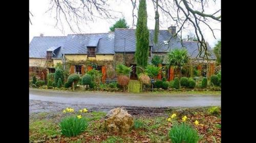 Country House In Langoula : Hebergement proche de Rouillac