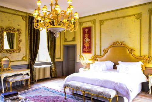 Chateau d'Origny : Chambres d'hotes/B&B proche d'Ouches