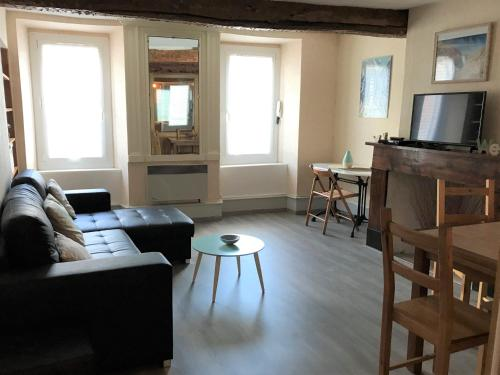 Grand Appartement Vicdessos PYRENEES ARIEGEOISES : Appartement proche d'Orus