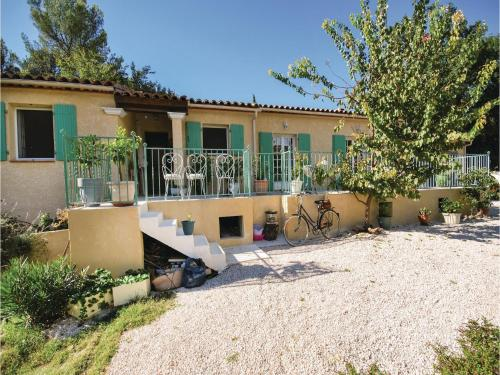 Holiday home St Anastasie s Issoles 45 with Outdoor Swimmingpool : Hebergement proche de Sainte-Anastasie-sur-Issole