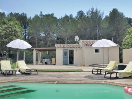 One-Bedroom Holiday Home in Pourcieux : Hebergement proche de Pourcieux