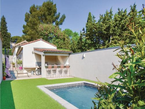 Four-Bedroom Holiday Home in Les Angles : Hebergement proche de Les Angles