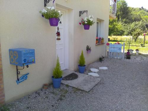 Douce vallee : Chambres d'hotes/B&B proche de Lavancia-Epercy