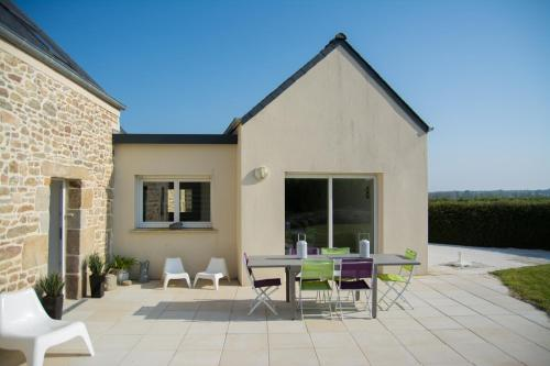 Holiday home Pen ar Valy : Hebergement proche de Sibiril