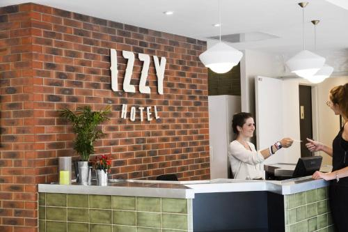 Hotel Izzy by HappyCulture : Hotel proche de Vanves