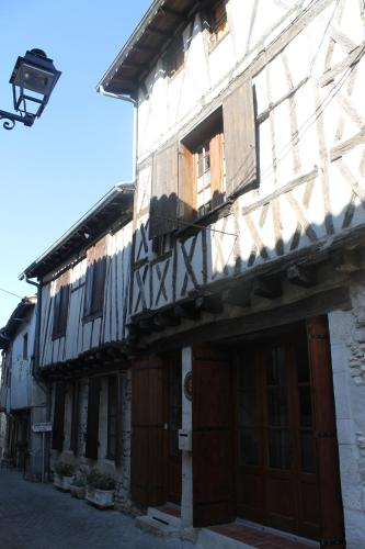 L' Ancien Relais de Poste - Margot : Appartement proche de Saint-Martin-Curton