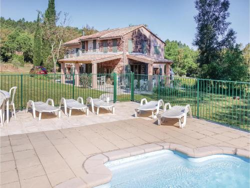 Holiday home Gonfaron 56 with Outdoor Swimmingpool : Hebergement proche de Gonfaron