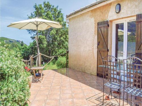 Four-Bedroom Holiday Home in Sisco : Hebergement proche de Pietracorbara