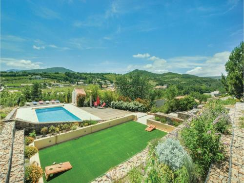 Five-Bedroom Holiday Home in Cascastel d. Corbieres : Hebergement proche de Villeneuve-les-Corbières