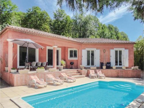 Four-Bedroom Holiday Home in Bedarioux : Hebergement proche de Carlencas-et-Levas