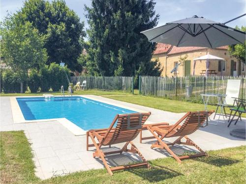 Holiday home Lalinde 68 with Outdoor Swimmingpool : Hebergement proche de Pontours