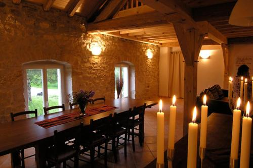 Le Moulin Des Oyes : Chambres d'hotes/B&B proche d'Esserval-Combe
