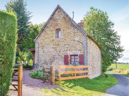 Two-Bedroom Holiday Home in Montaudin : Hebergement proche de Saint-Mars-sur-la-Futaie