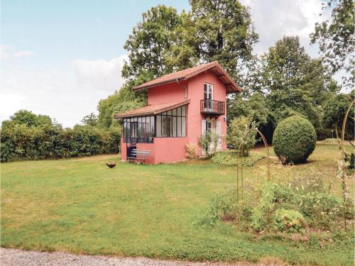 Two-Bedroom Holiday Home in Bard-Les-Epoisses : Hebergement proche de Torcy-et-Pouligny