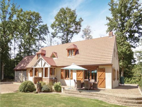Holiday home Pullay WX-1156 : Hebergement proche de Normandel