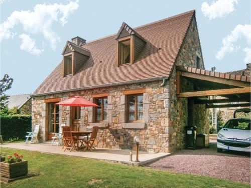 Holiday home Du Val De La Cour No. : Hebergement proche de Grosville