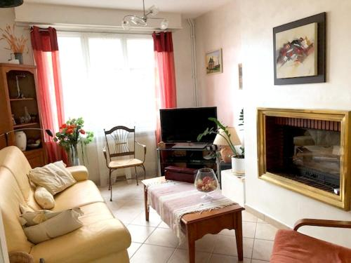 Holiday home Rue de Calais : Hebergement proche de Saint-Omer-Capelle