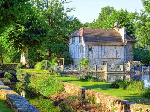 Nonards Villa Sleeps 4 WiFi : Hebergement proche de Lostanges