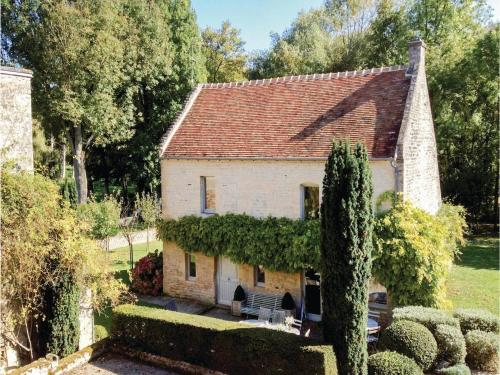 Holiday home Rue du Val de Douet : Hebergement proche de Colomby-sur-Thaon