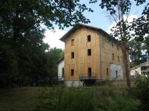 House Le moulin de sore : Hebergement proche de Luxey